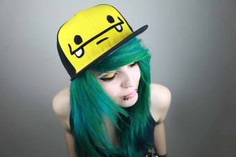 Cute Girl Cap Grüne Haare Hair Blue Girly Snapback Scene Lady Woman