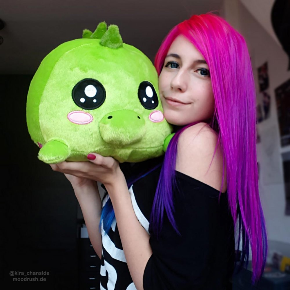 Mexify Shop Cute Girl Pink Hair Scene