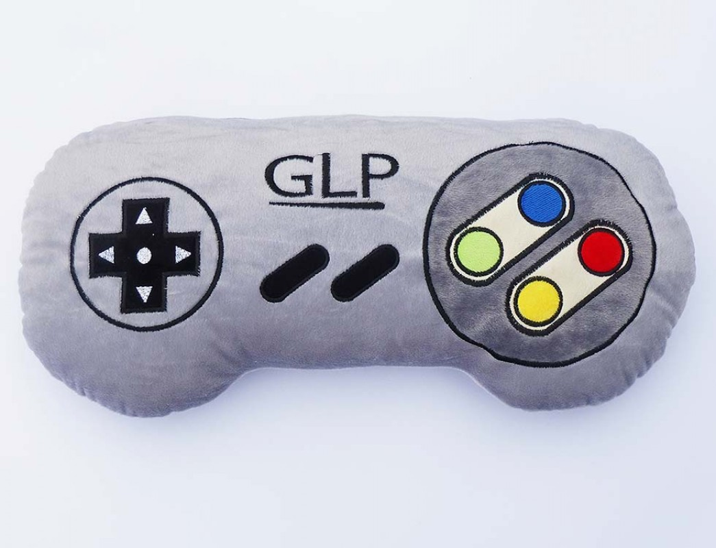 GermanLetsPlay Controller GLP Kissen Shop Merch GamePad